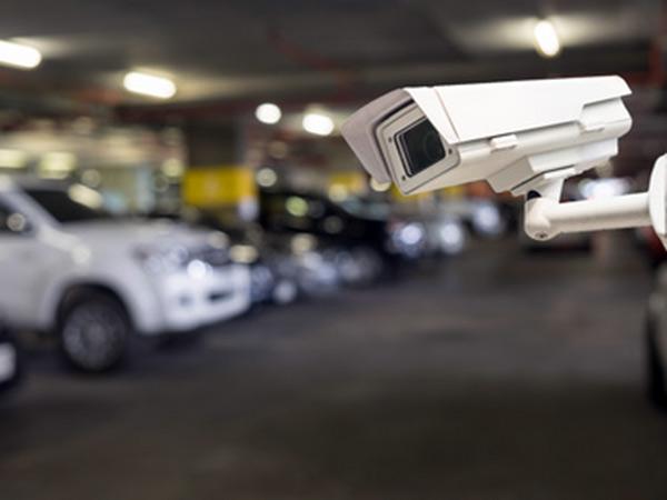 Rilevatore-auto-parcheggi